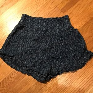 Pants - Flowy shorts